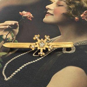 Vintage Denicola Gold Tone Snowflake Bar Brooch